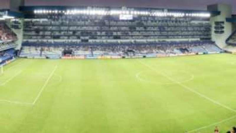 La panorámica del estadio George Capwell a una hora del encuentro. Foto: Cortesía